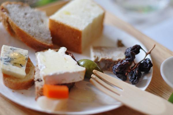 チーズとバゲット