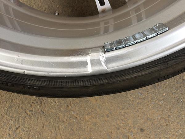 BMW・ホイール クラック(割れ)補修後